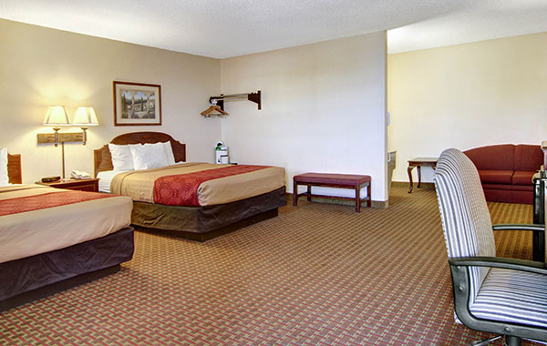 Econo Lodge Inn & Suites 2 Queen Beds Suites - No Smoking at Santa Rosa